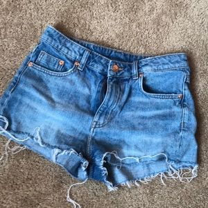 Basic Denim Shorts from H&M!